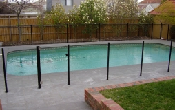 glass-fence-and-gate-blk