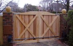 timber-gates-inside