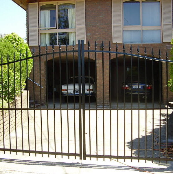 automatic swing gates Melbourne